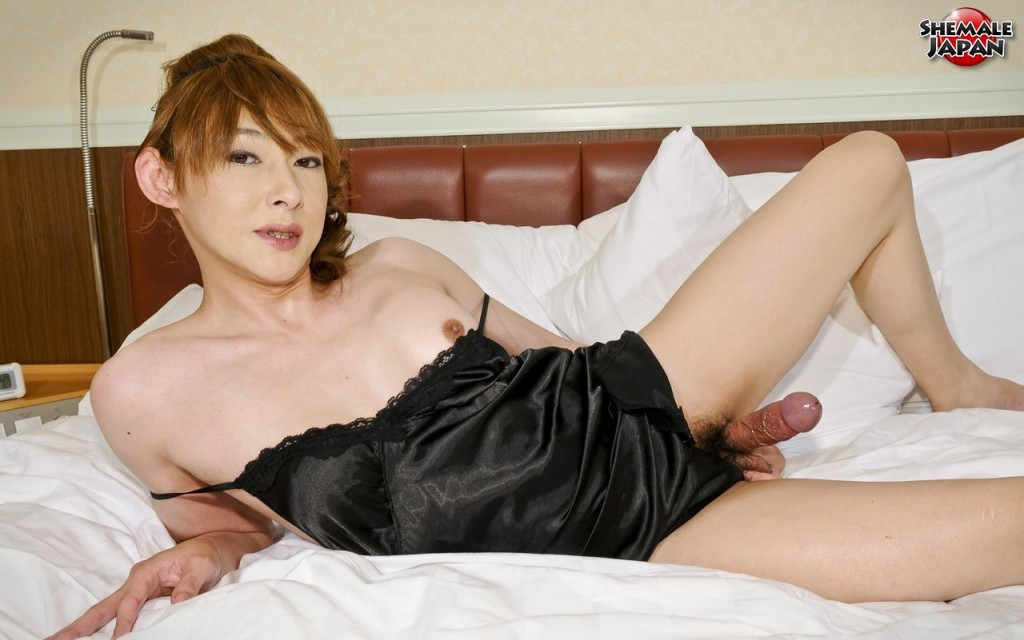 Aiko6 020 1024x640 Japanese Shemale Aiko Looks Hot in Lingerie!