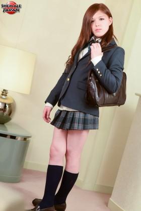 Mitsuki2schoolwear.hiro .smj .aj0091 280x420 Mitsukis After School Special