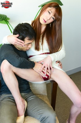 RenkaTsukishiroHC.hiro .smj .aj010 280x426 Renko Switches it Up!